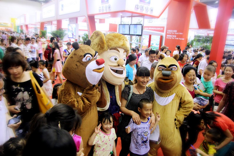 Online and offline marketing helps to drive a boom in China's box office